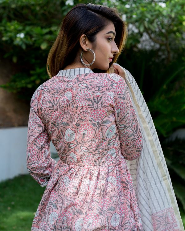 Blush pink floral block printed suit set with chanderi dupatta - set of three 3
