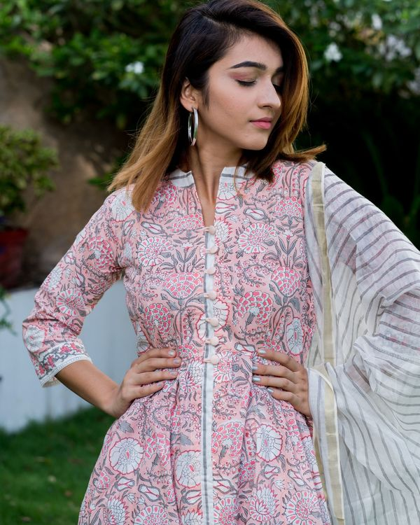 Blush pink floral block printed suit set with chanderi dupatta - set of three 2