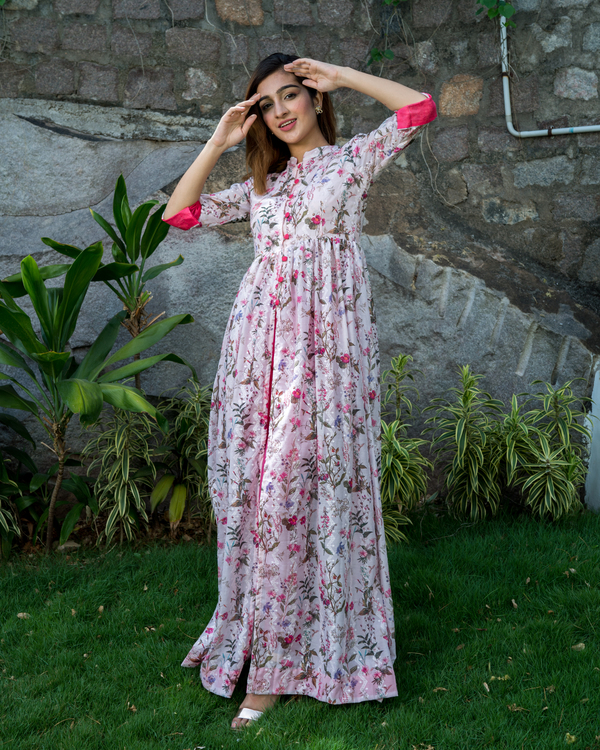 Floral printed cotton silk cape  with thread embroidery 3