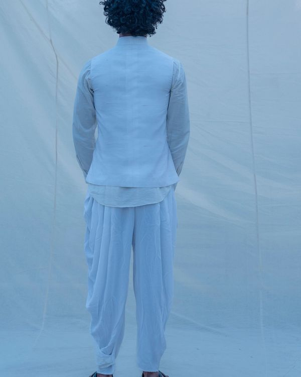Serene off white waist coat 1
