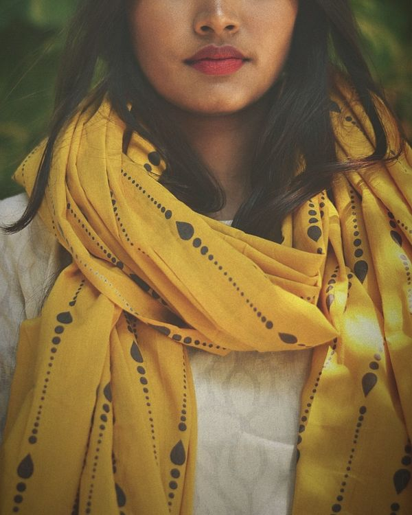 White dress with yellow  printed dupatta- set of two 2