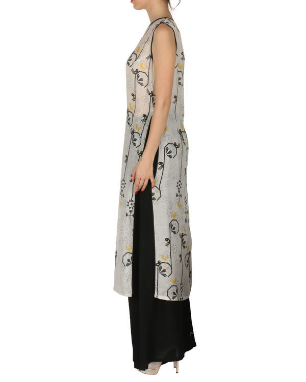 Kurta with palazzo set in grey and black 1