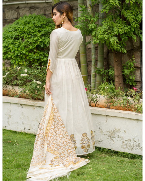 Yellow & beige  box pleated chanderi dress with printed dupatta - Set of Two 2