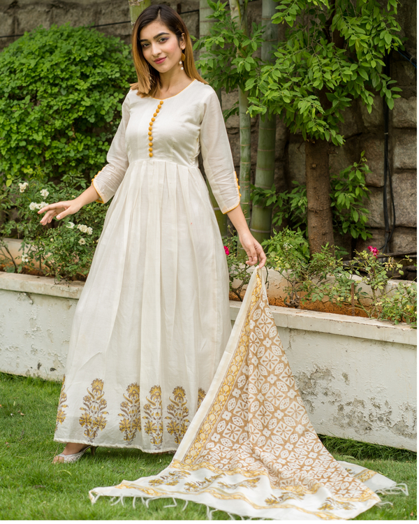 Yellow & beige  box pleated chanderi dress with printed dupatta - Set of Two 1
