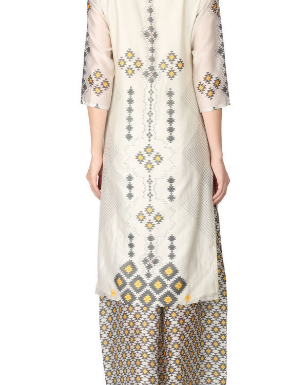 Printed kurta and palazzo set in beige color 2