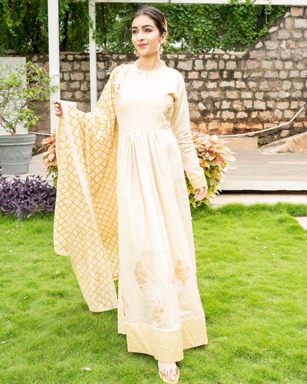 Cream and Gold Flared Anarkali with Dupatta - Set of Two 3