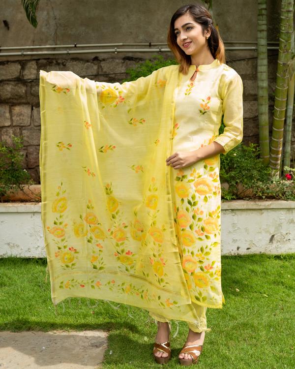 Yellow Hand Painted Kurta with Chanderi Dupatta - Set of Two 2