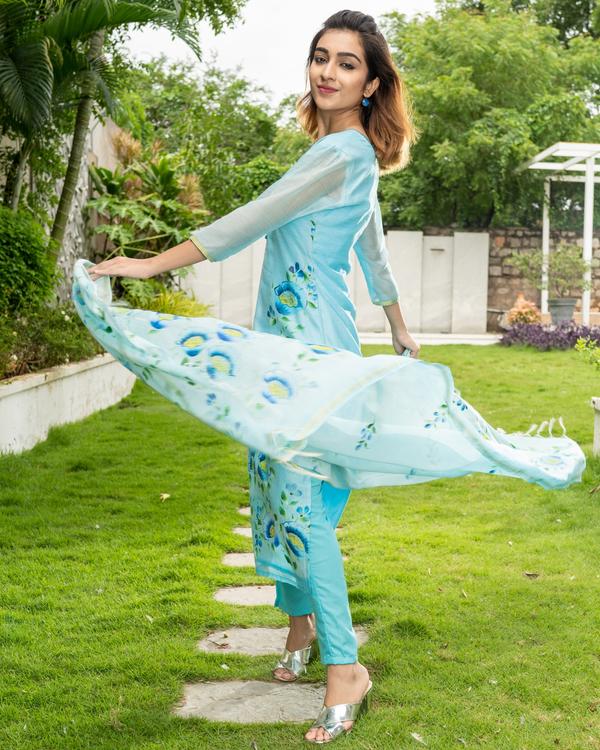 Blue Hand Painted Kurta with Chanderi Dupatta - Set of Two 4