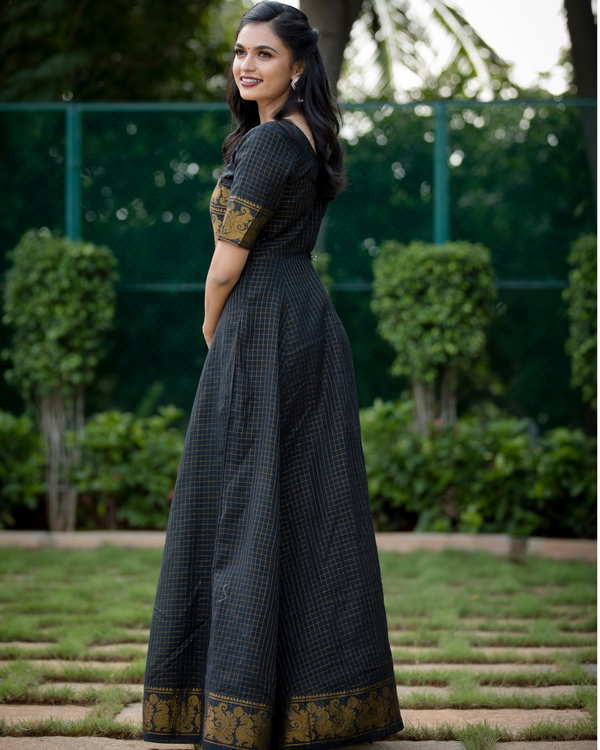 Black and gold madurai cotton maxi 1