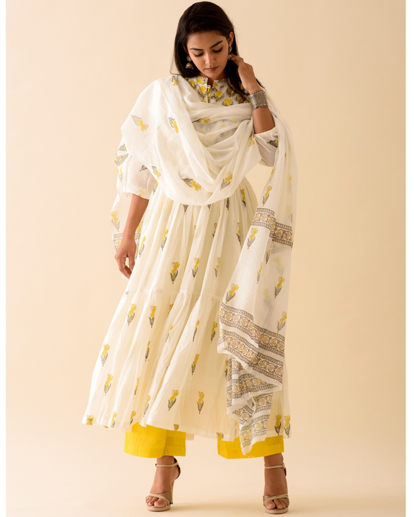 Lemon lily dress with palazzo and dupatta-set of three 2