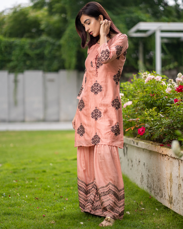 Coral embroidered kurta with sharara pants - Set of two 3