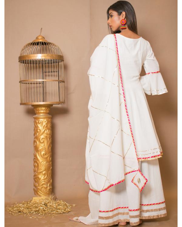 Off white kurta and skirt with dupatta - set of three 3