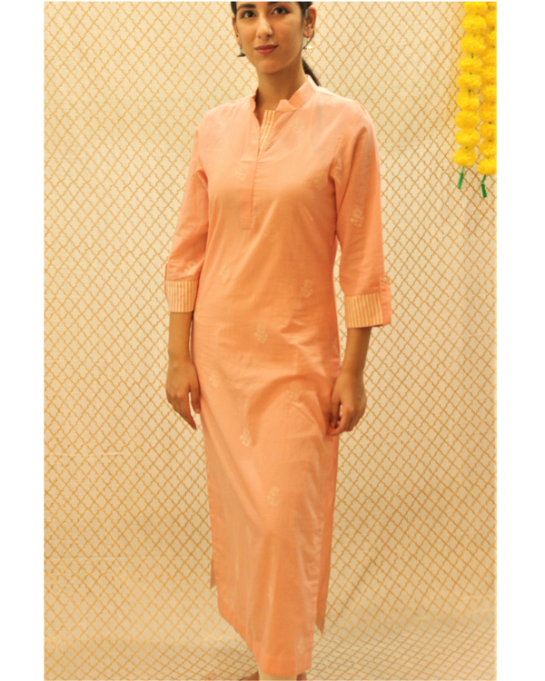Pink kurta with striped roll up sleeves 2