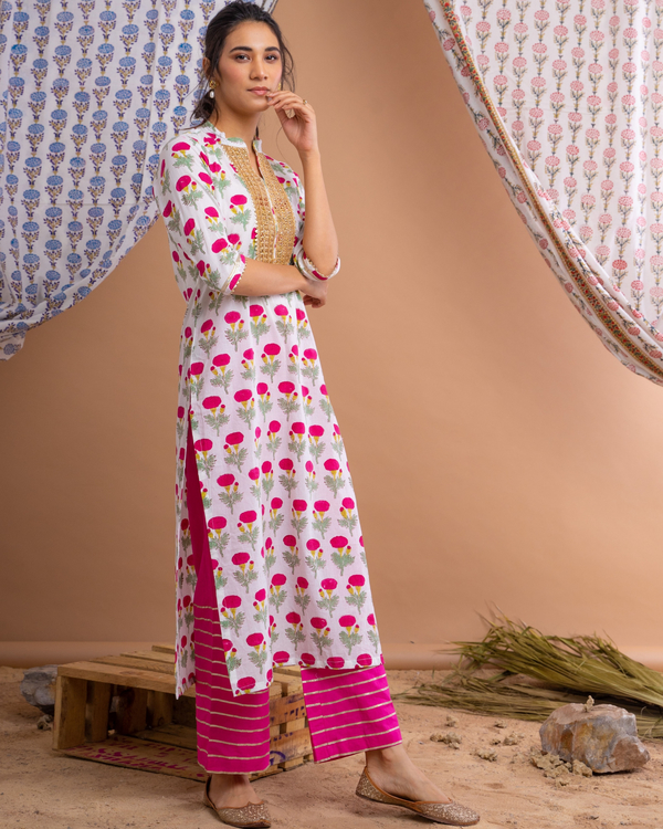 Pink poppy motif suit set with gota detailed chanderi dupatta - set of three 1