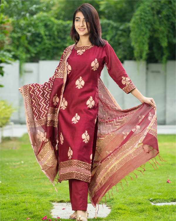 Maroon Chanderi Cotton Suit Set with Gold Printed Motifs - Set of Three 4