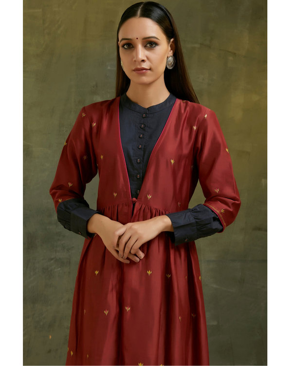 Maroon and navy blue embroidered chanderi jacket set- Set of two 1