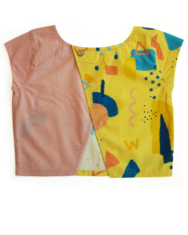 Squiggle printed boxy crop top 2
