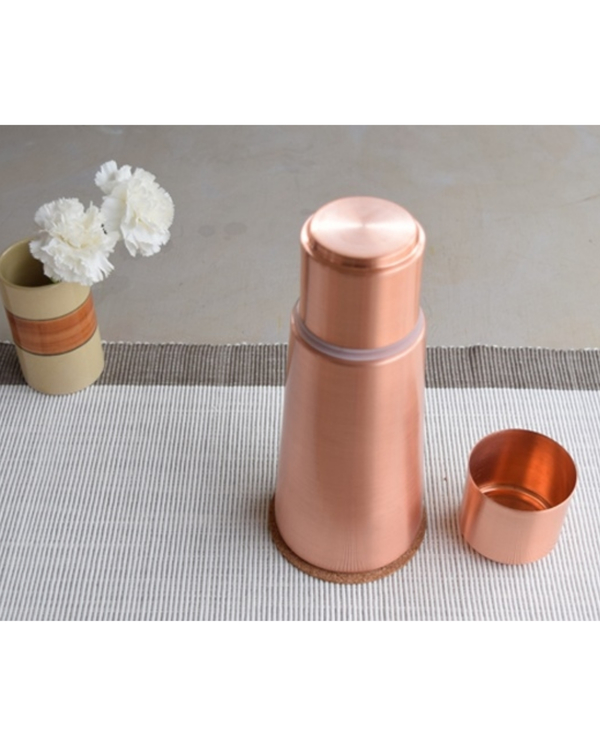 Copper lean carafe 1