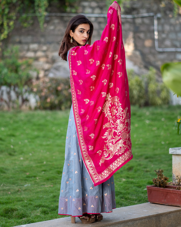 Grey Handwoven Benarasi Silk Dress with Pink Benarasi Dupatta - Set of Two 3