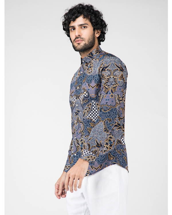 Blue digital printed casual shirt 2