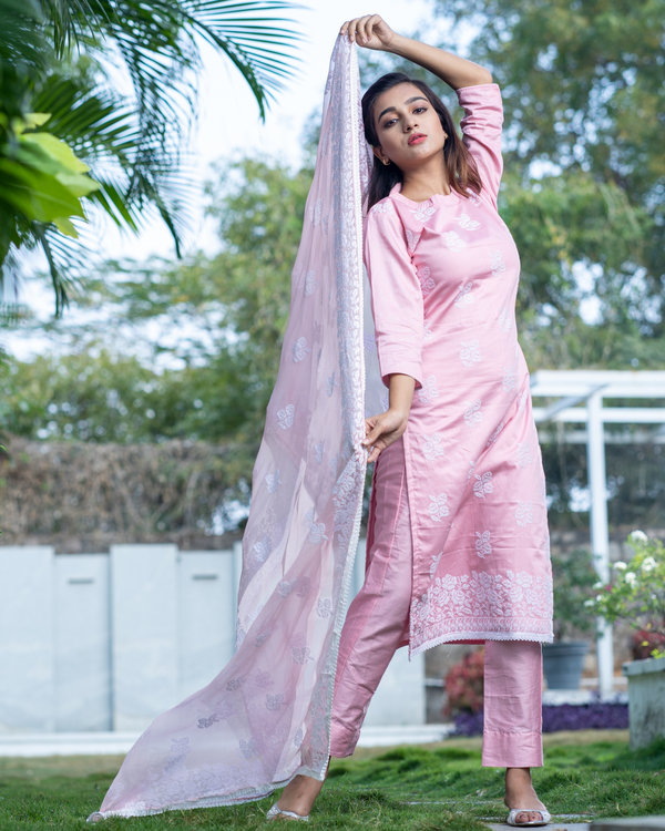 Pink cross stitch embroidered kurta set with dupatta- set of three 3