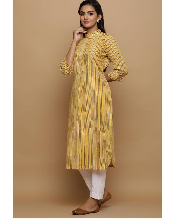 Yellow striped cotton kurta 2