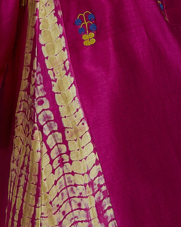 Pink tunic with embroidered front and back 3