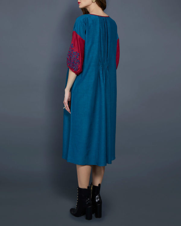 Emerald tunic with contrast sleeves 1