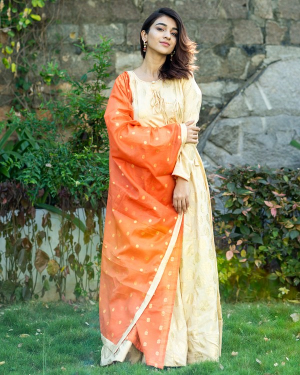 Light beige and orange printed flared dress with dupatta set- set of two 3