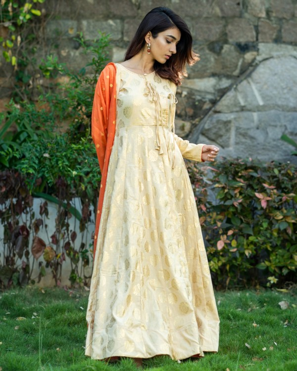 Light beige and orange printed flared dress with dupatta set- set of two 2