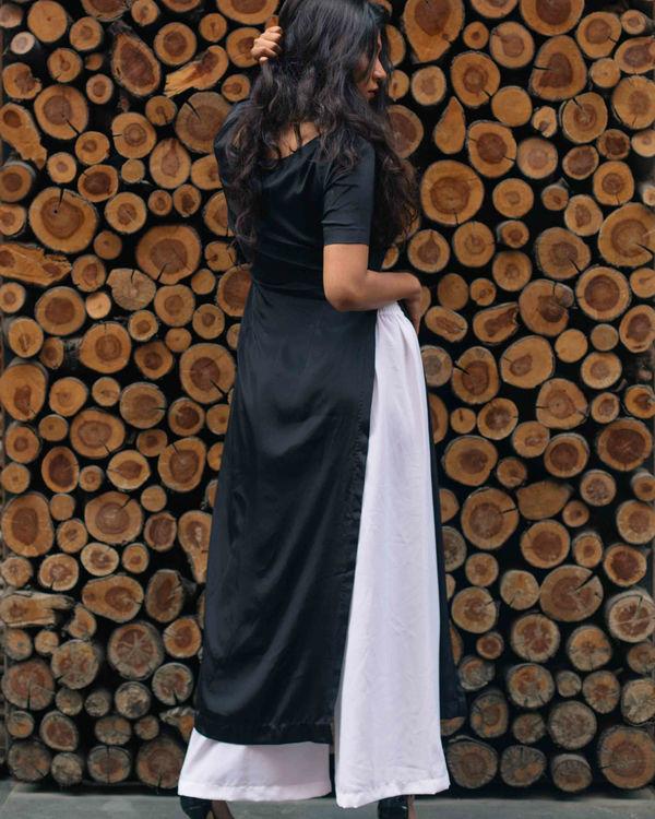 Black kurta with white pants 1