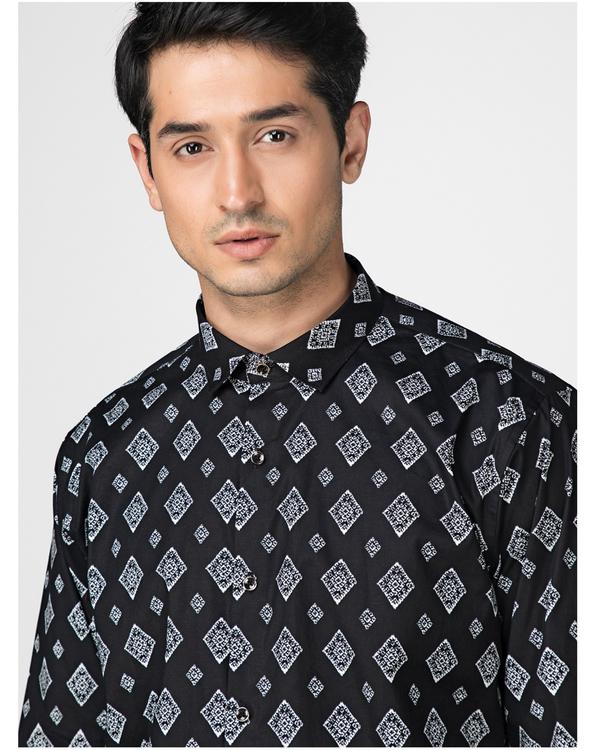 Black and white diamond printed shirt 1