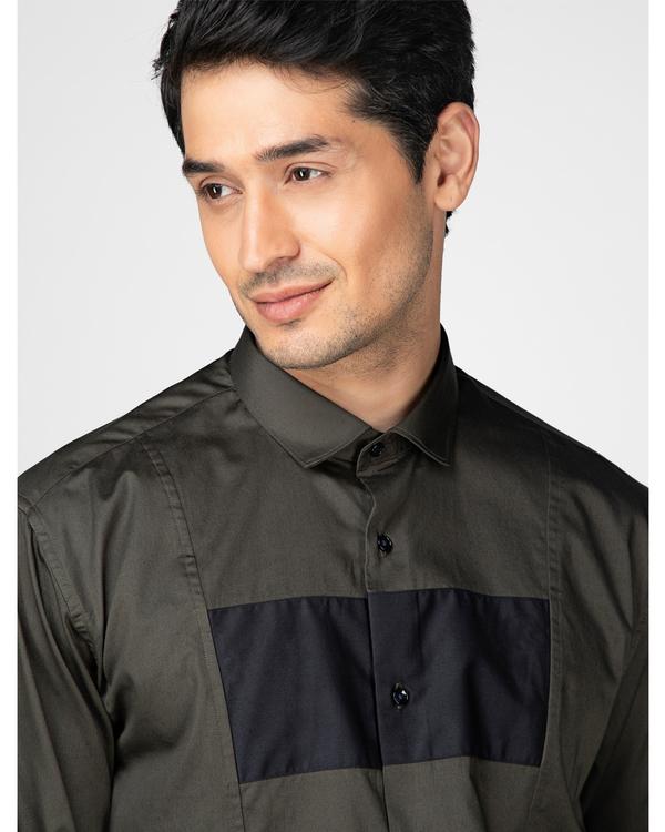 Olive rectangle paneled casual shirt 1