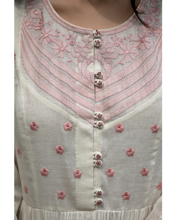 Off white and pink floral embroidered yoke kurta 1