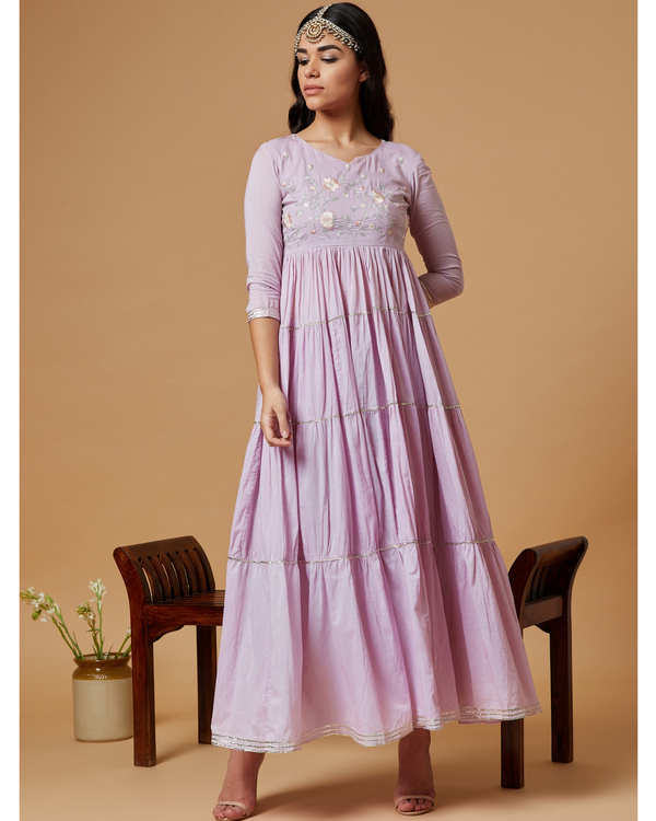 Lilac embroidered kurta with tiered gota detailing 2