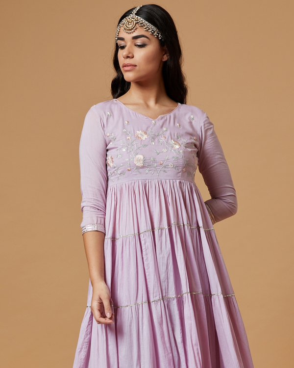 Lilac embroidered kurta with tiered gota detailing 1
