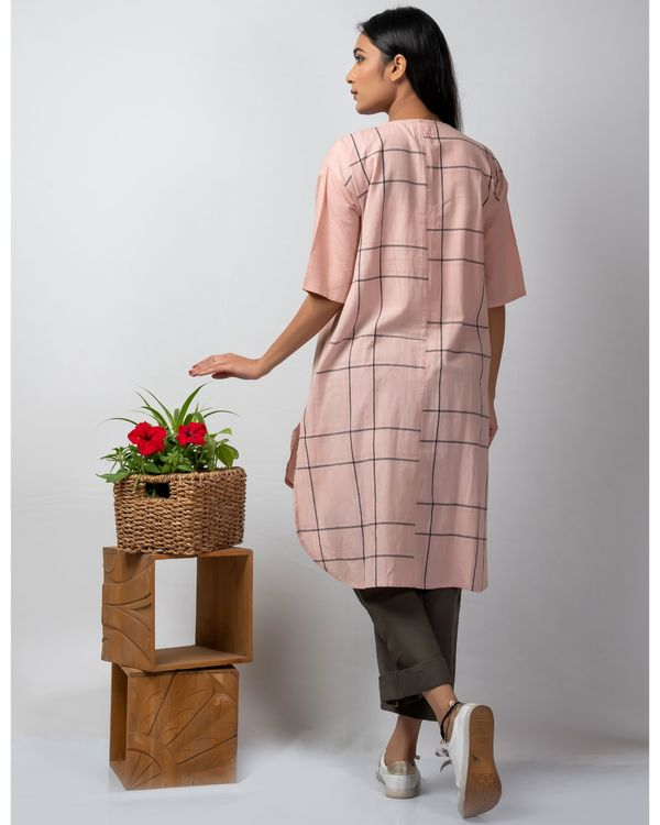 Pink and grey embroidered high low kurta 3