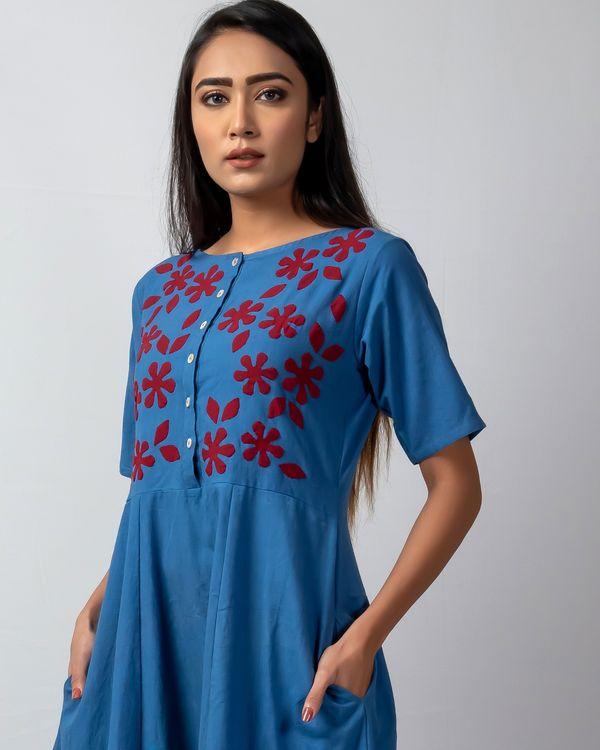 Blue floral applique buttoned kalidaar kurta 1