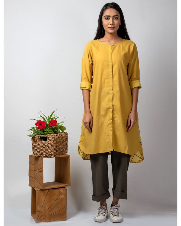 Mustard yellow boxy high low kurta 1