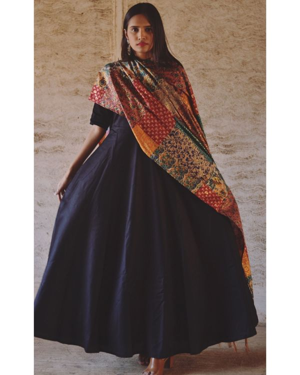 Black flared dress and dupatta set- Set Of Two 2