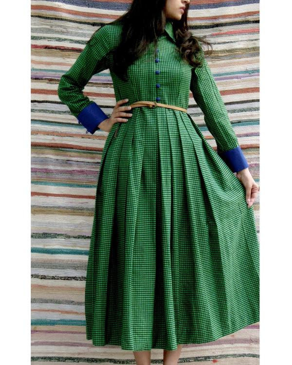 Emerald midi dress 1