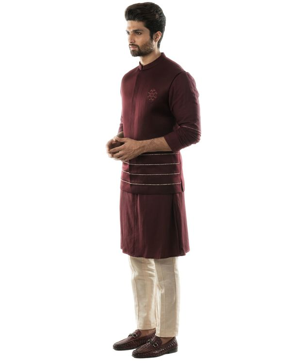 Wine red geometric embroidered bandi and katha embroidered kurta with pintuck pants set- Set Of Three 1
