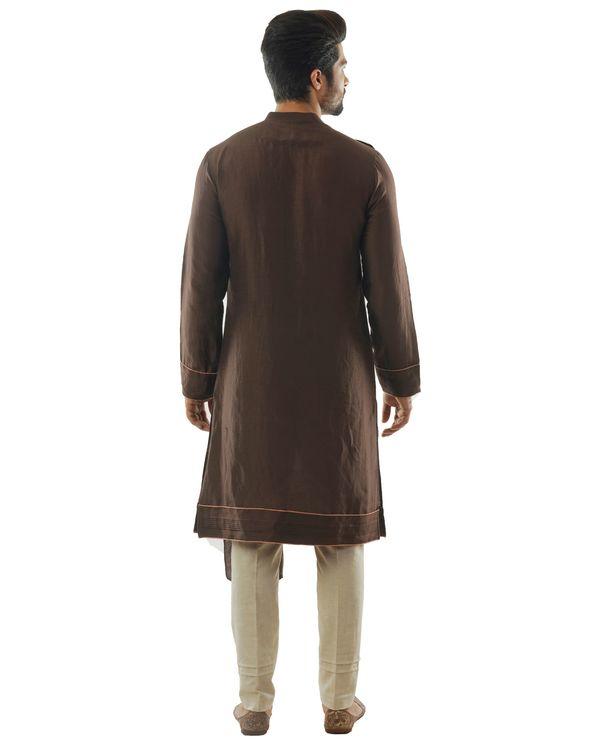Soil brown kurta with dupatta drape and pin tuck pants set- Set Of Two 2