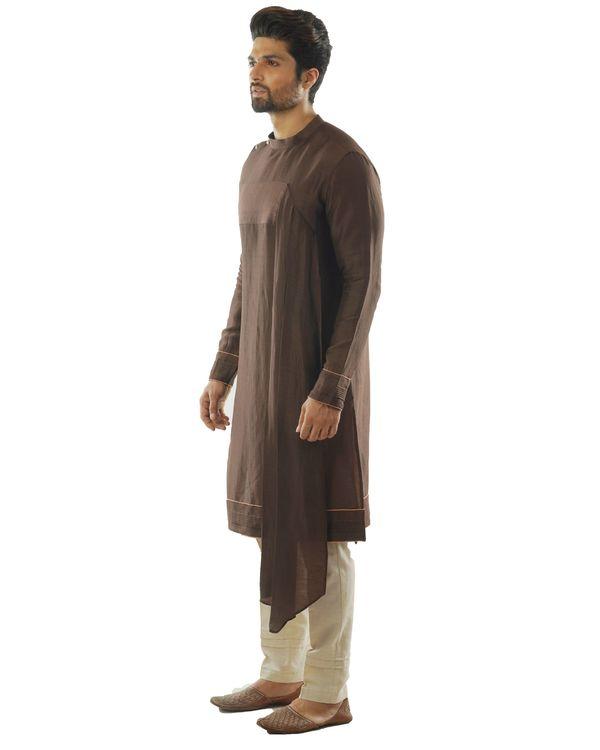 Soil brown kurta with dupatta drape and pin tuck pants set- Set Of Two 1