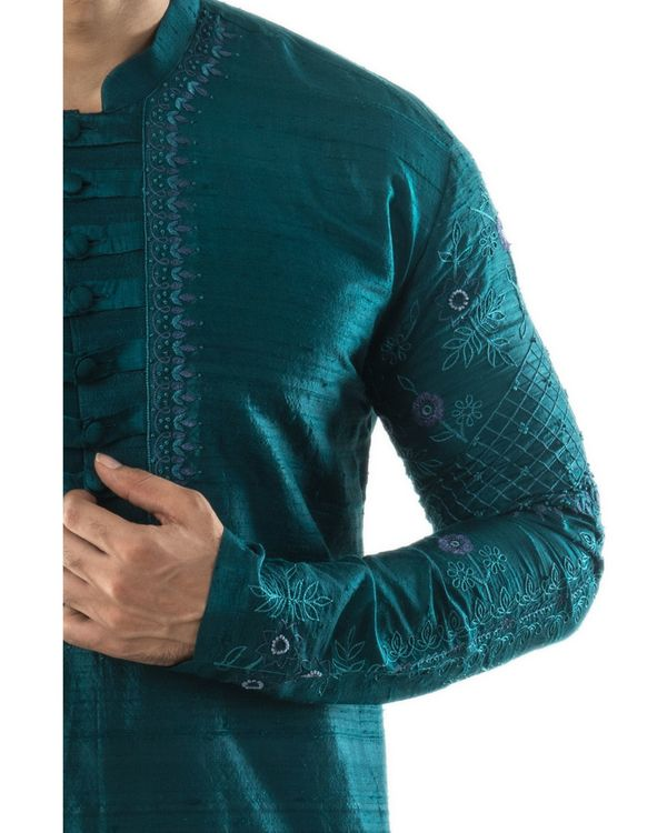 Peacock green hand embroidered kurta and pants set- Set Of Two 1