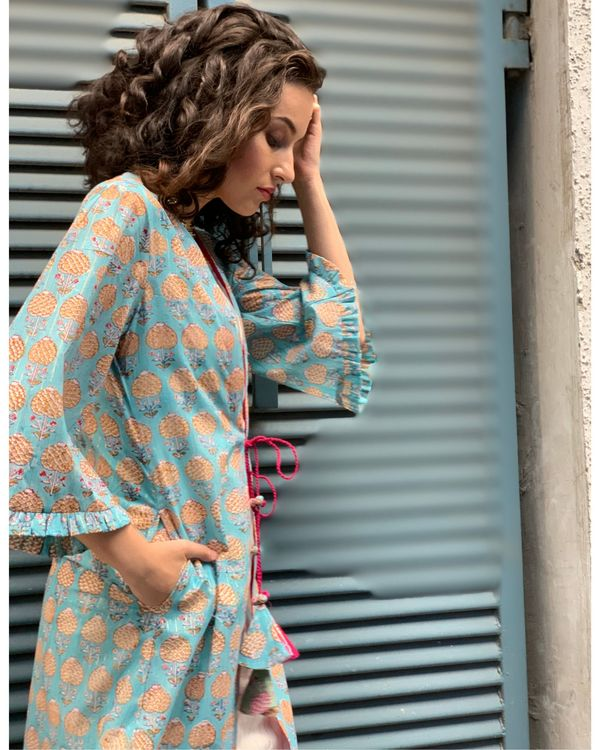 Ecru kurta and pants with sky blue cover-up- Set Of Three 1