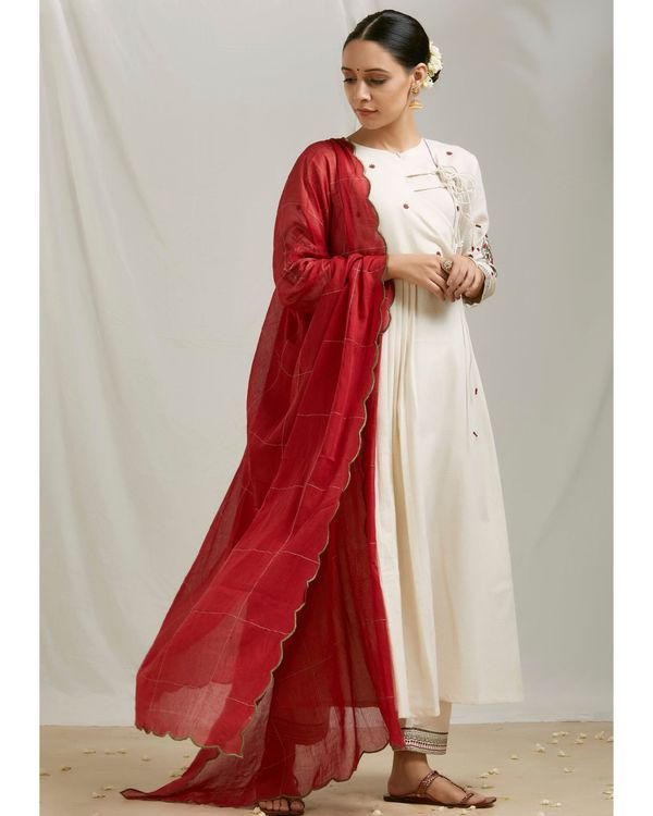 Ivory floral embroidered angrakha kurta and pants with dupatta- Set Of Three 2