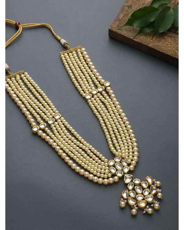 Pearls and Kundan Tiered Neckpiece 2