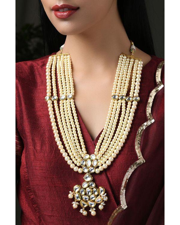Pearls and Kundan Tiered Neckpiece 1