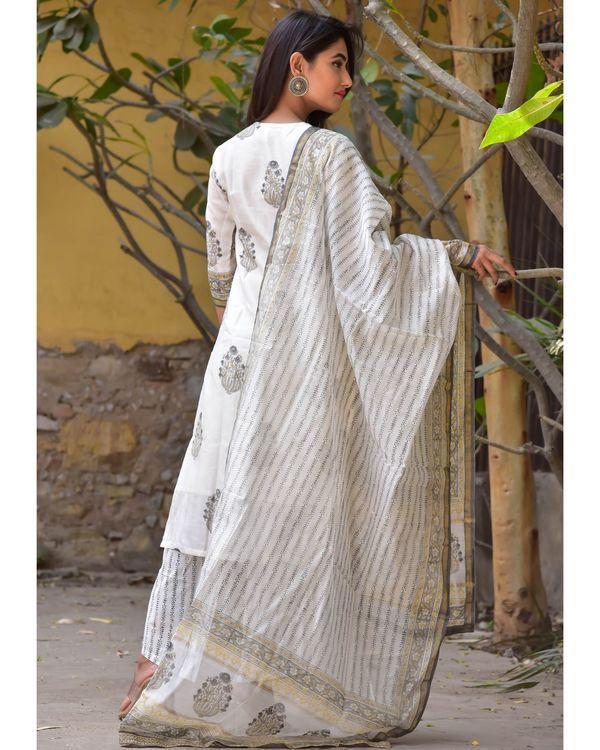 Grey and white mughal gota kurta and pants with dupatta- Set Of Three 3